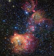 Den glødende gassky LHA 120-N55 i den Store Magellanske Sky