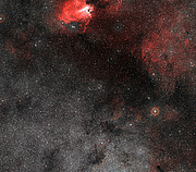 Weitwinkelaufnahme der Himmelsregion um den Sternhaufen Messier 18