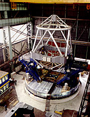 Construction of VLT Main Structure