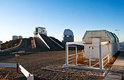 La Silla, La prima casa per i telescopi ESO — Le due foto a confronto