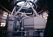 O espectrógrafo UVES montado no Telescópio Principal nº 2 do VLT - Kueyen