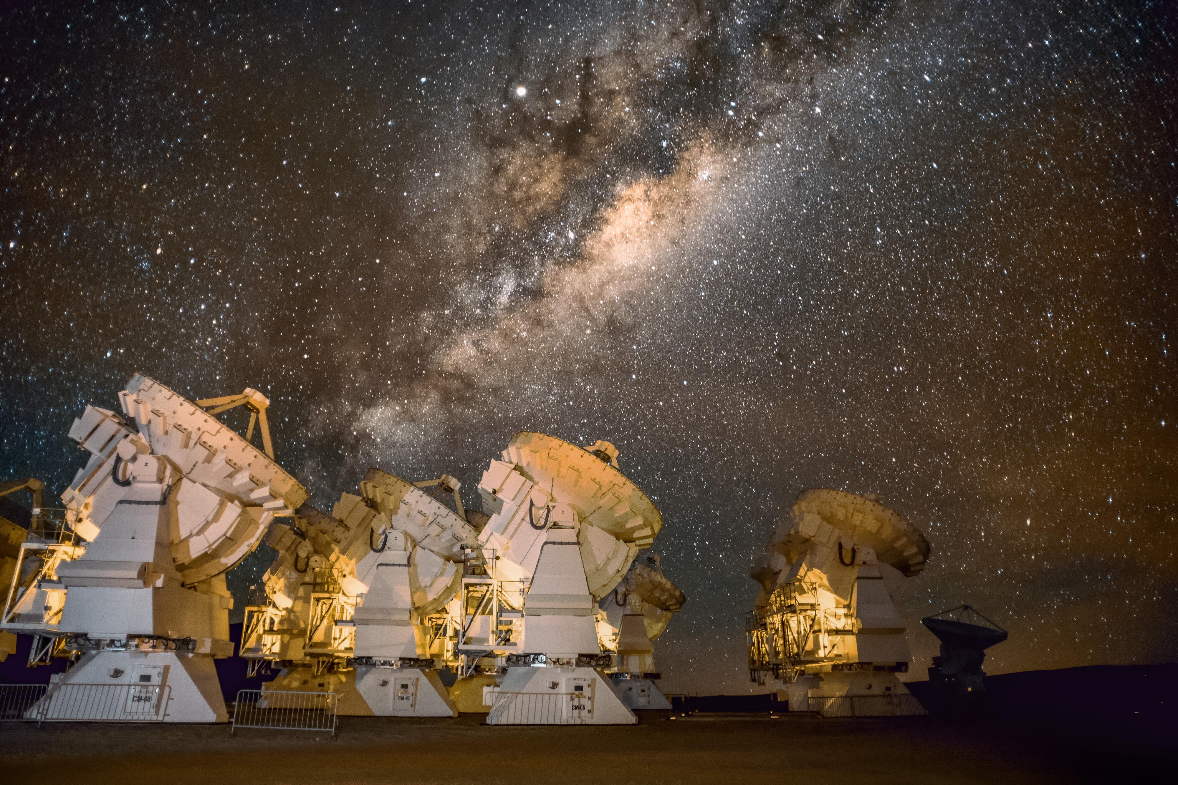 The ACA at night.  Credit: ESO/S. Otalora.