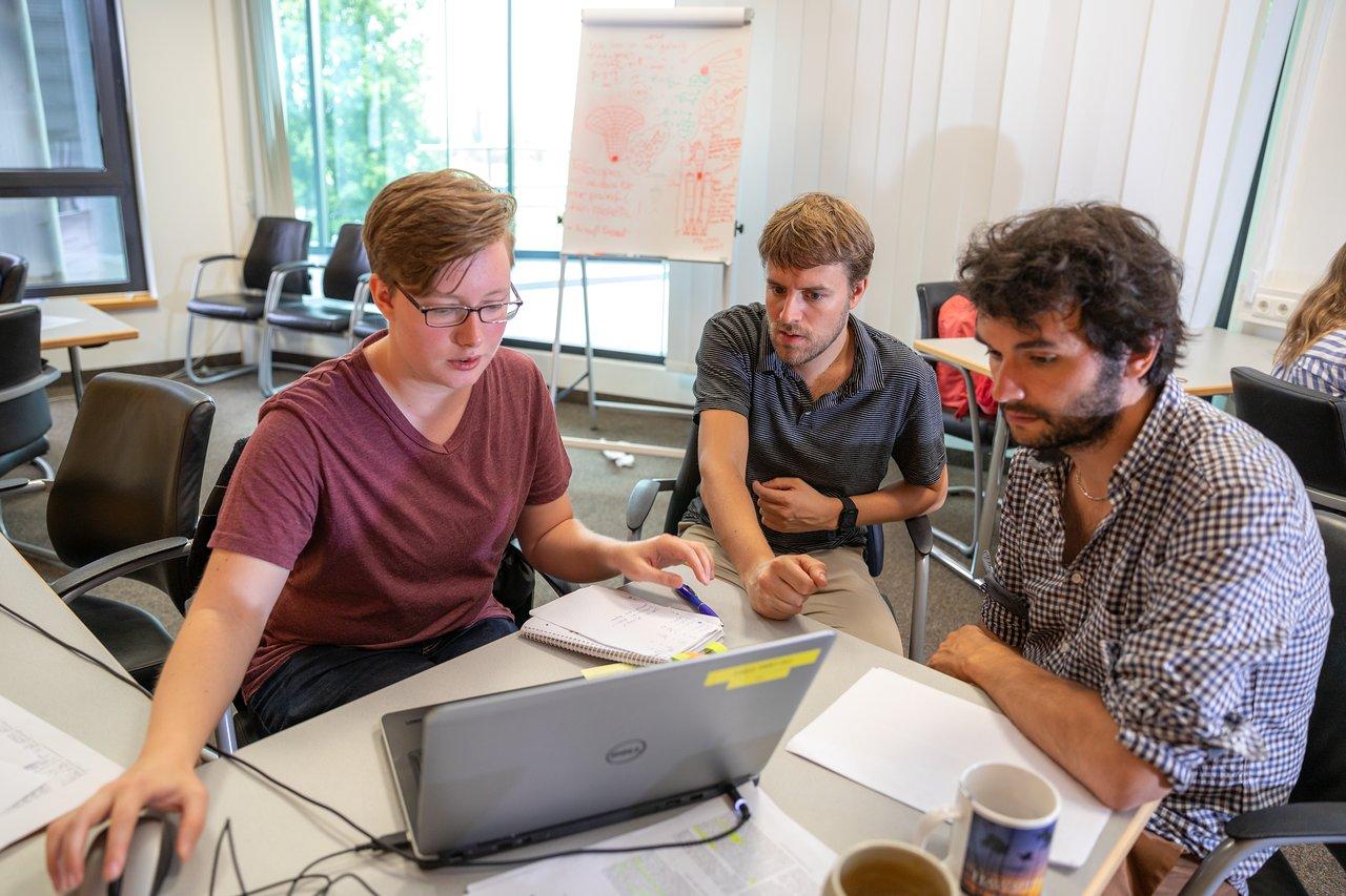 ESO Summer Research Programme — Aisha Bachmann