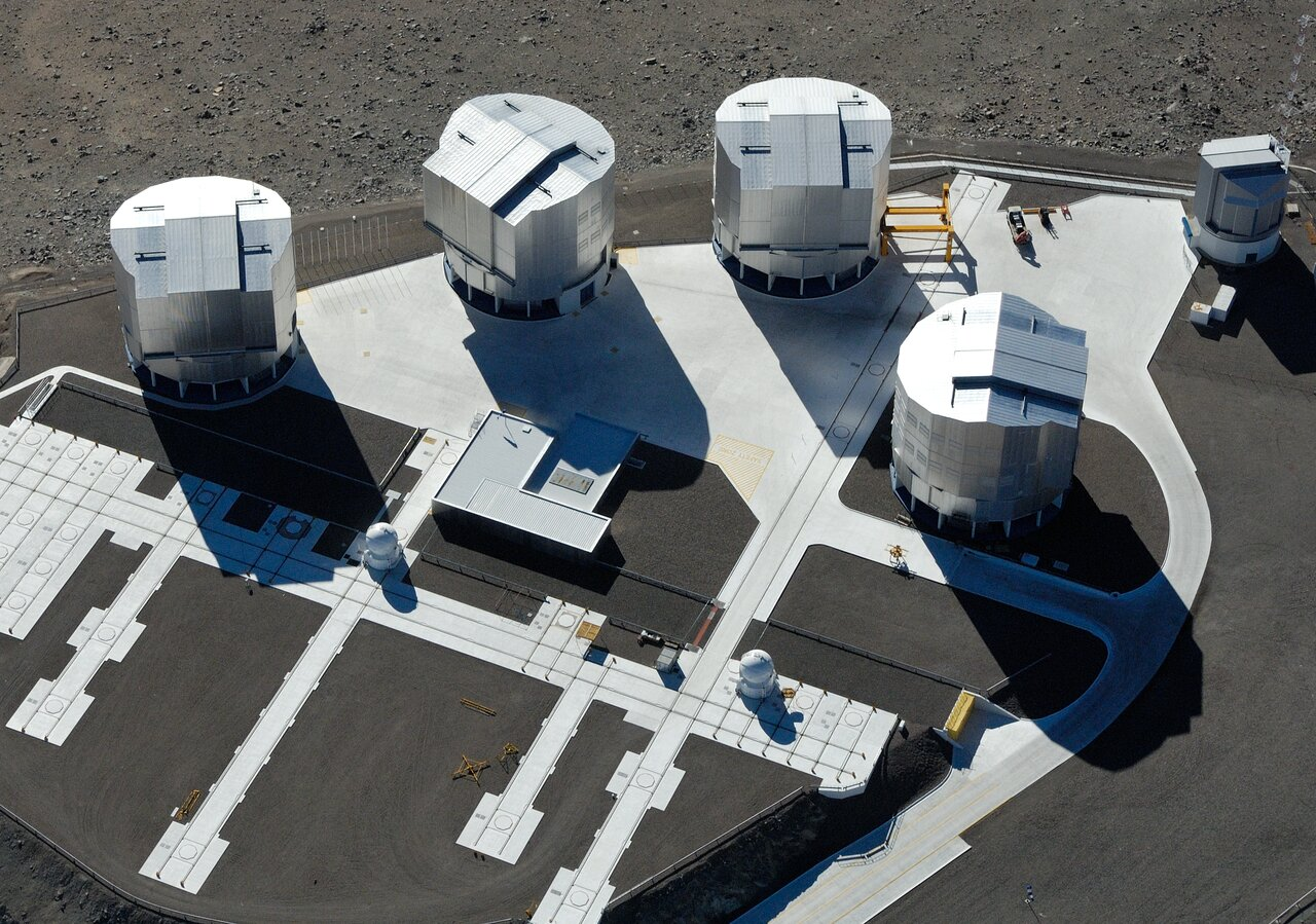 Mounted image 012: Bird's eye view of the observing platform