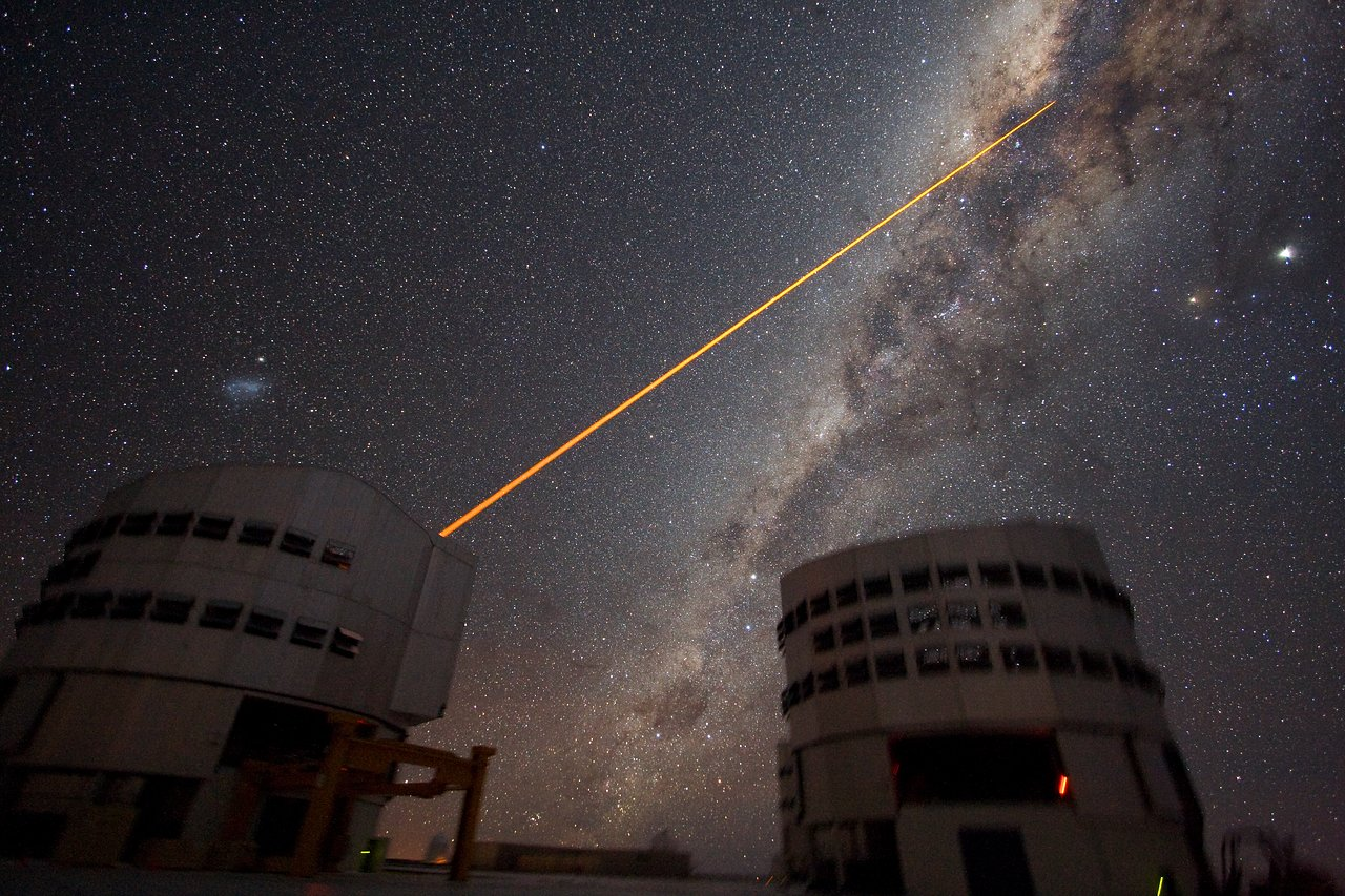 Mounted image 023: Shooting a laser at the Galactic Centre