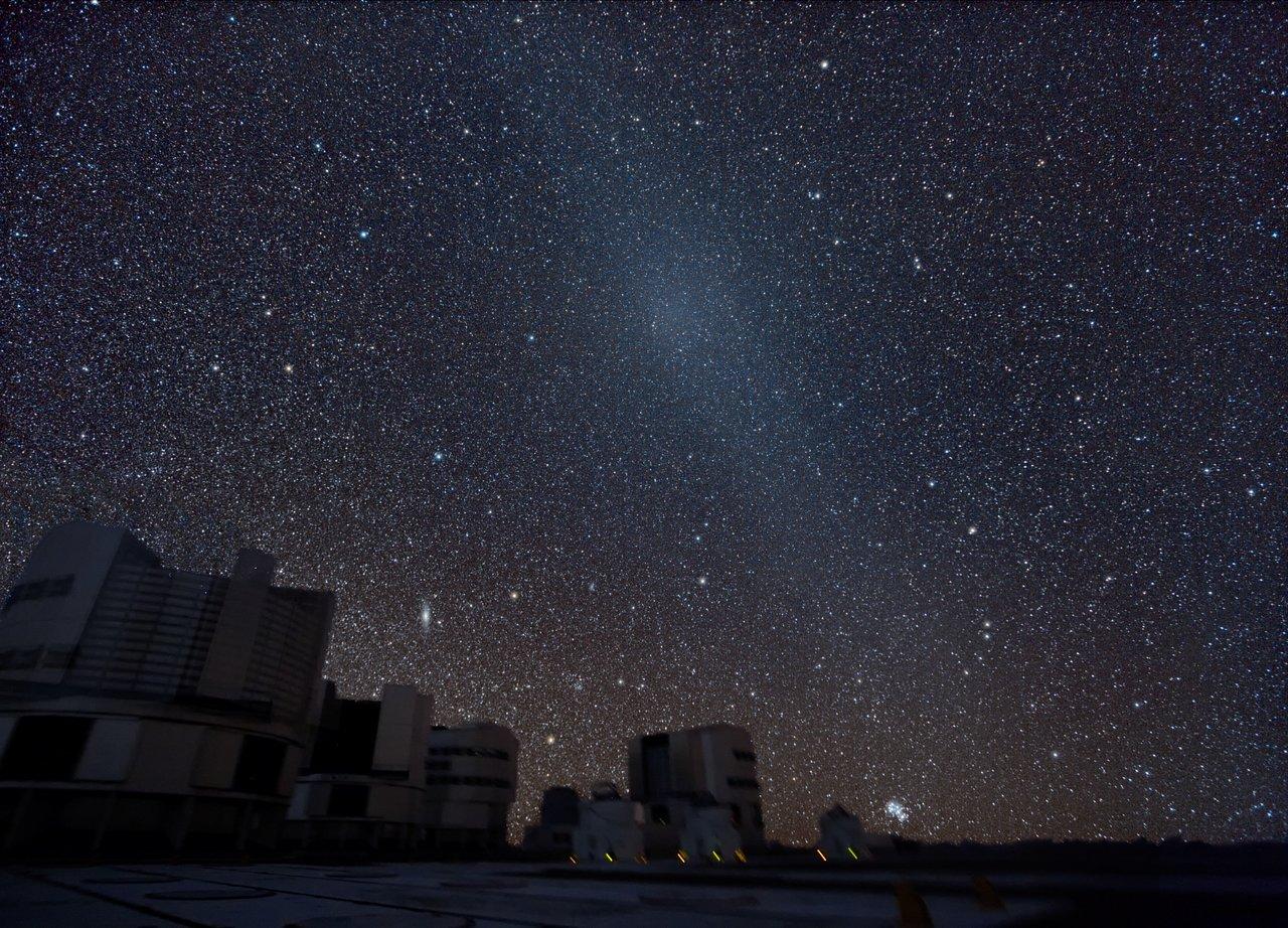 Mounted image 019: Gegenschein over the VLT