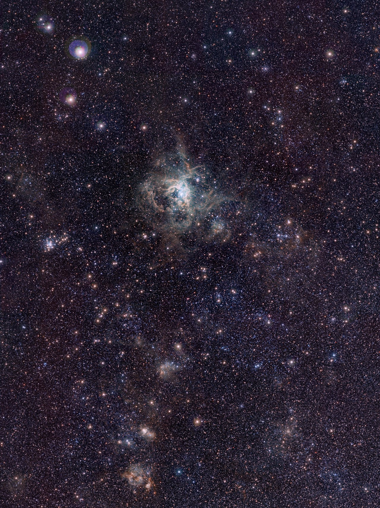 Mounted image 123: VISTA Magellanic Cloud Survey view of the Tarantula Nebula