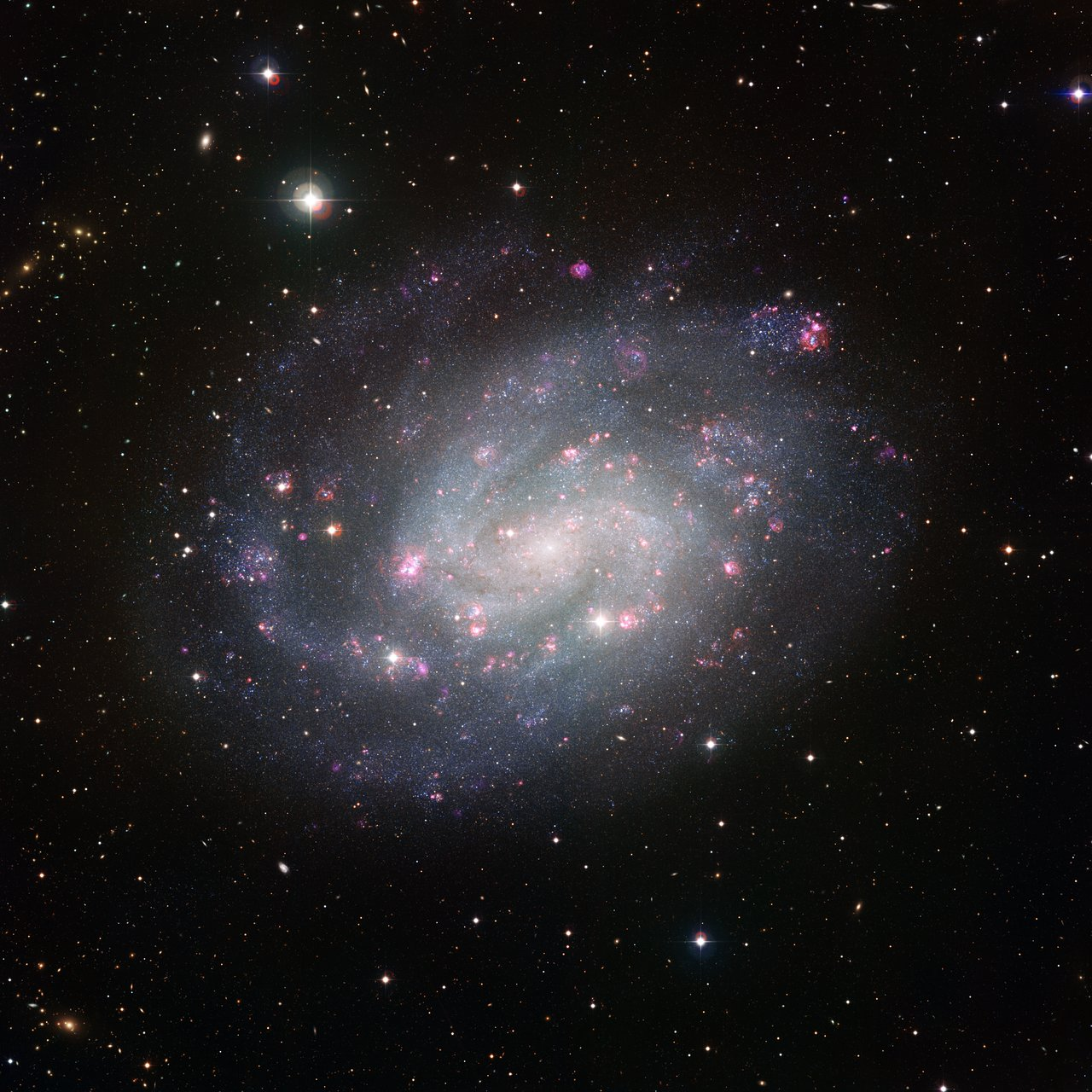Wide Field Imager view of the southern spiral NGC 300
