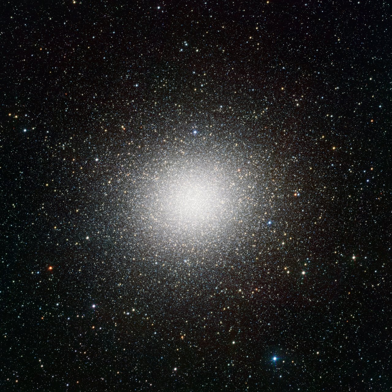 Mounted image 133: The globular cluster Omega Centauri