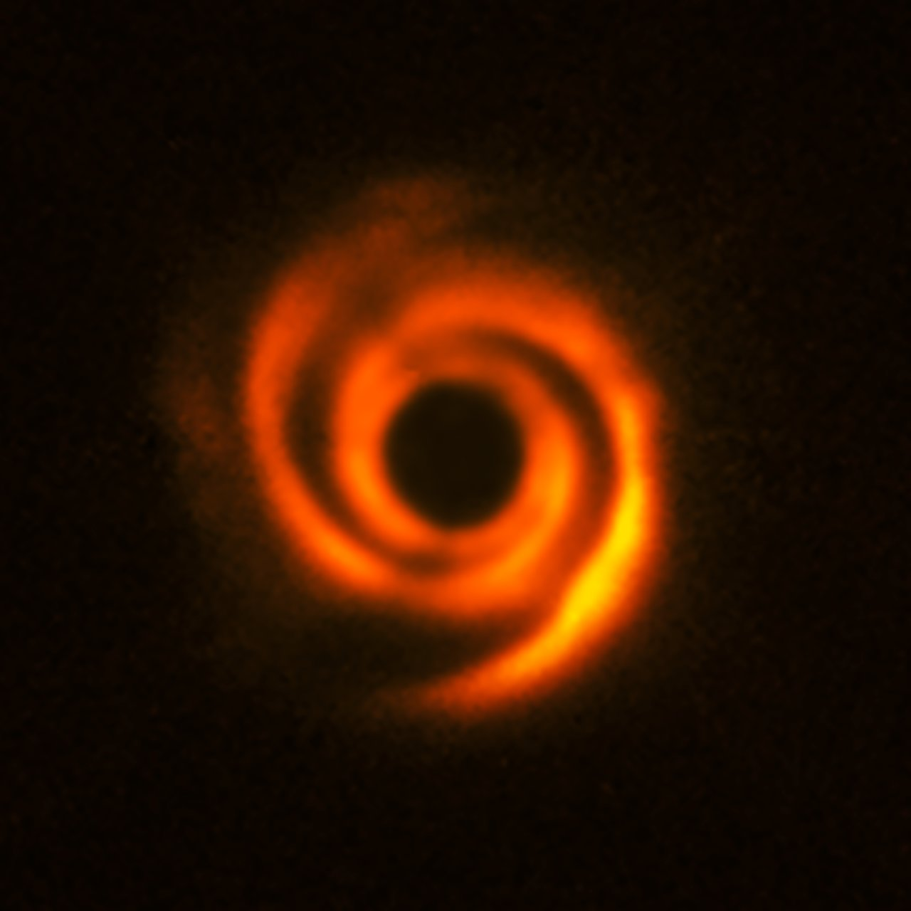 Disc around the star HD 135344B