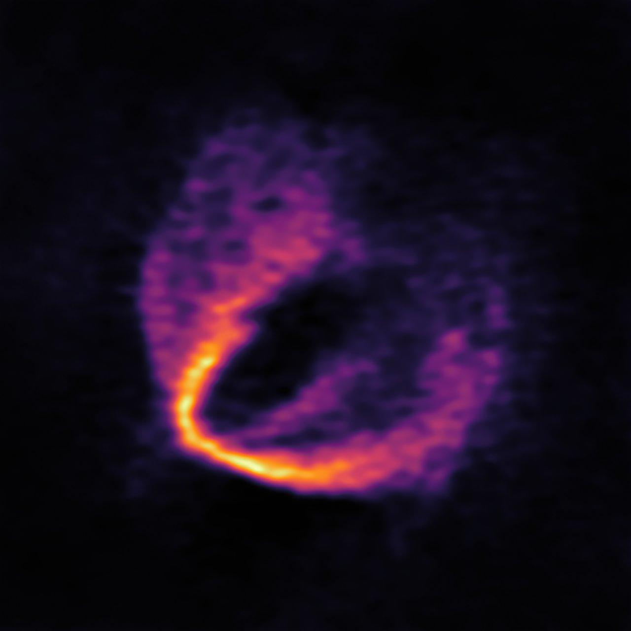 ALMAs billede af støvet omkring stjernen HD 163296