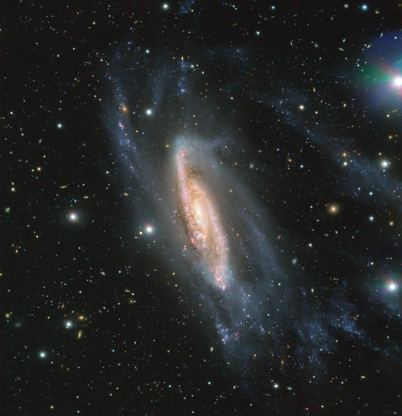 Fantastisk billede af galaksen NGC3981 taget af ESOs VLT med det nye FORS instrument