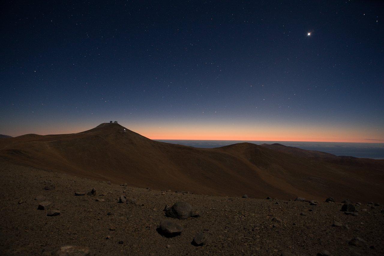 Mounted image 015: Cerro Paranal moonlit