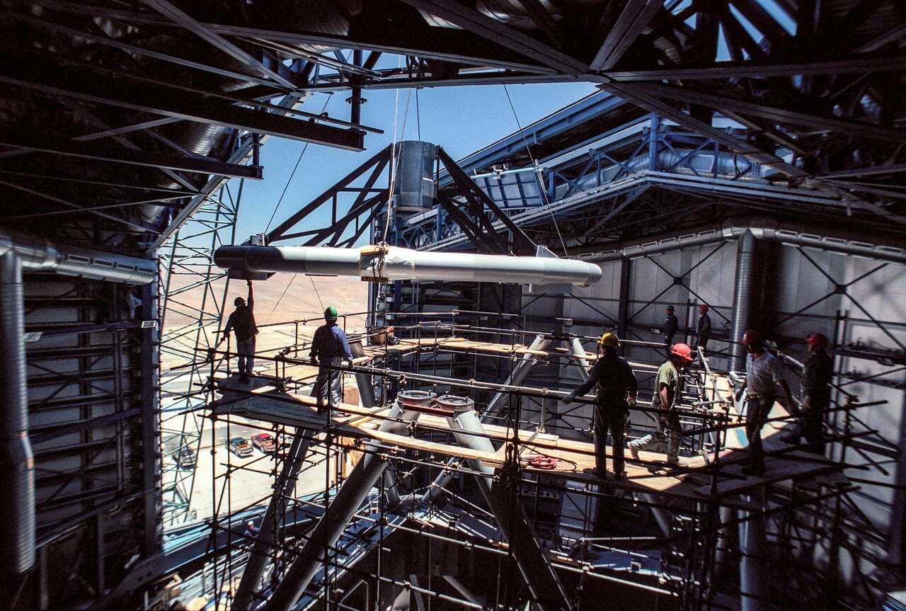 Installing the top ring of UT3