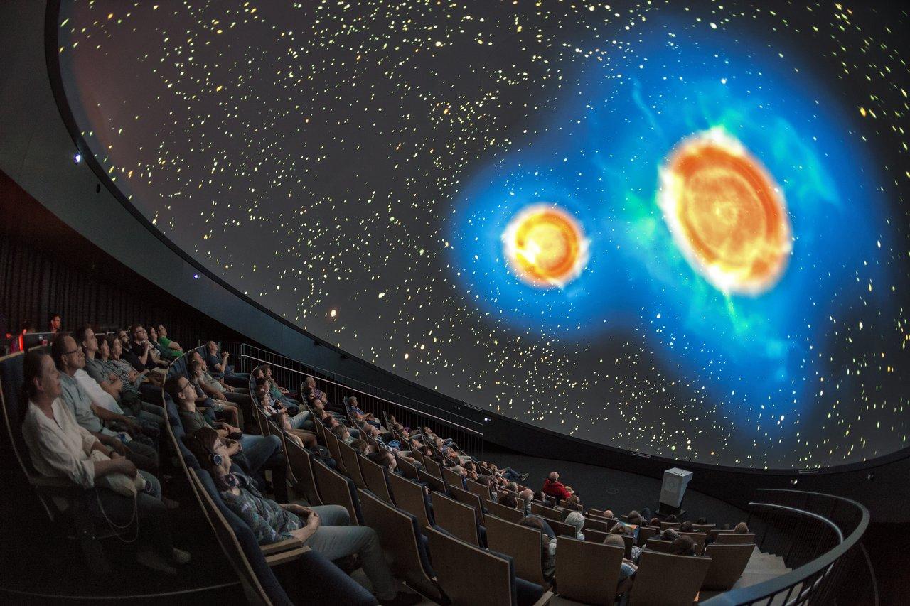 Light up the Planetarium
