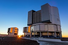 The Sun sets over VLT Unit Telescopes