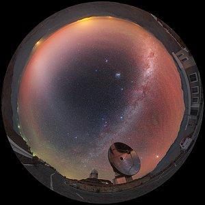 Vista sobre el Telescopio Submilimétrico Sueco/ESO