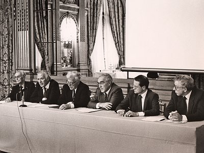 Meeting in Paris, 1987