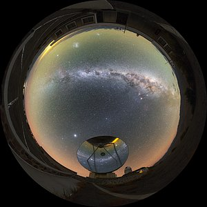 Milky Way over the Swedish-ESO Submillimetre Telescope