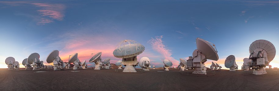 Dusky light on the ALMA antennas