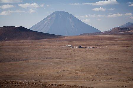 Licancabur volcano looks over the ALMA site