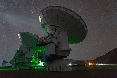Towering ALMA antennae
