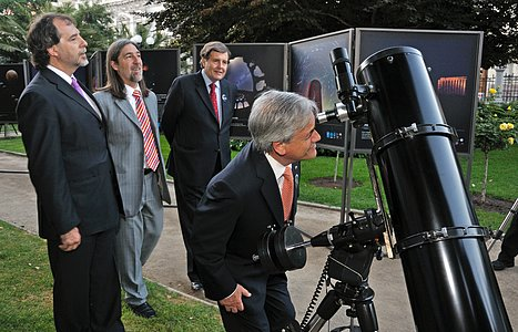 ESO Brings the Moon Closer to the President Sebastian Piñera in Santiago, Chile