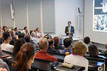 ESA's astronaut Pedro Duque addresses the audience at ESO