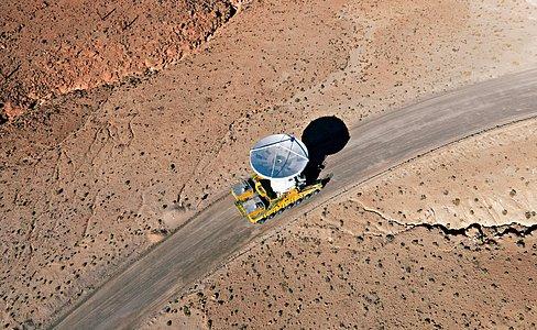 A última antena ALMA chega ao Chajnantor