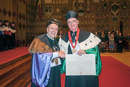 Tim de Zeeuw receives honorary degree from University of Padova