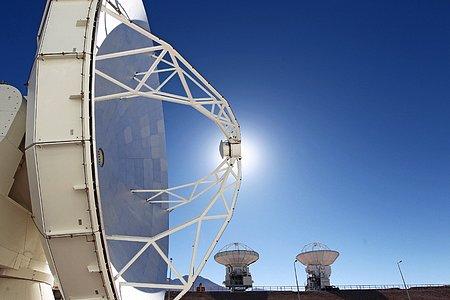 Japanese ALMA antenna