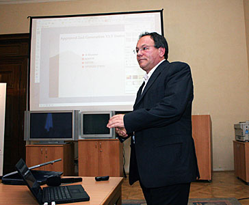 Riberti Gilmozzi speaking at ESO Information Day