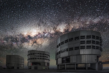 Milky Way over the VLT