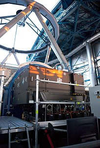 The Active Phasing Experiment (APE) installed on the VLT