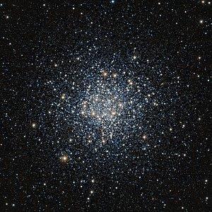 Imagem infravermelha VISTA do aglomerado globular Messier 55
