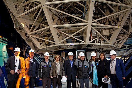 Presidents of Chile, Colombia, and Mexico with representatives of ESO inside the VLT