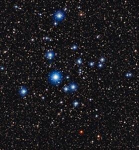 Junge Sterne im offenen Sternhaufen NGC 2547