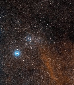Wide-field view of the sky around the bright star cluster NGC 3532