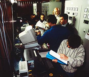 Testing the VLT Power Generators