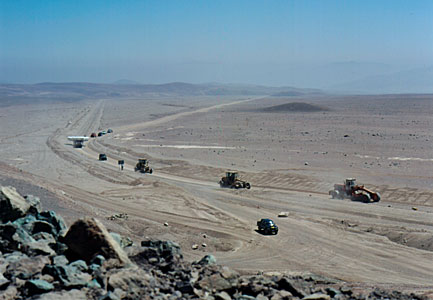 VLT M1 Convoy in the Desert