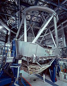 Wide-angle View of VLT UT1