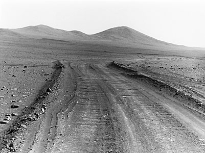 Desert track to Cerro Armazones