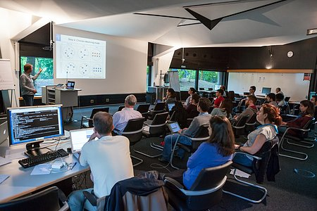 Workshop at the ESO/Opticon Data Reduction School