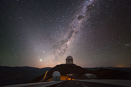 Centauro sobre el telescopios de 3.6 metros de ESO