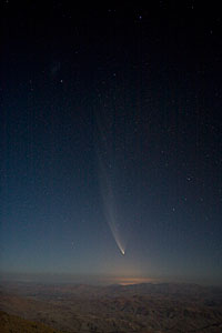 Comet McNaught over La Silla