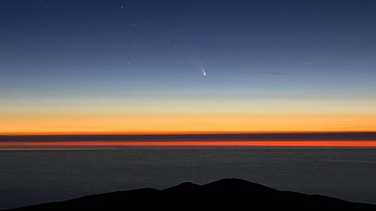 Visiting comet