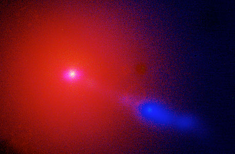 Jet in M87 Spied by the VLT