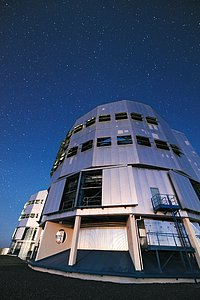 A towering VLT Unit Telescope