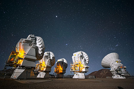 ALMA antennas at work