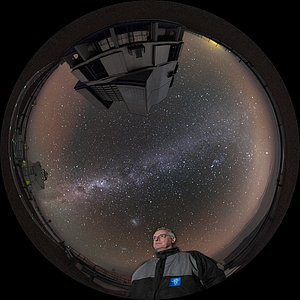 ESO Director General at the VLT